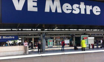 Venezia: treni fermi domenica 2 febbraio per il disinnesco della bomba a Marghera