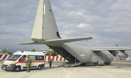 Bimbo di Padova trasportato al Gaslini dall'Aeronautica Militare