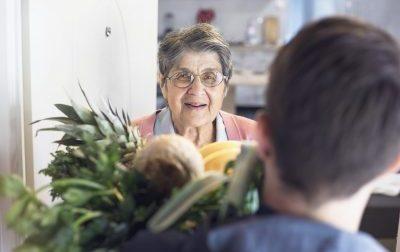 Emergenza Coronavirus: spesa a casa per gli anziani a Padova