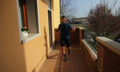Padova, runner corre 100 chilometri sul balcone