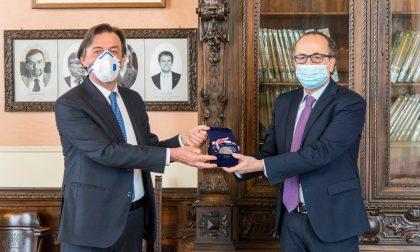 Padova saluta il suo Prefetto, Giordani gli consegna il sigillo della città