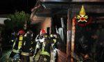 In fiamme un abitazione in legno a Cartura, decisivo l'intervento dei Vigili del Fuoco