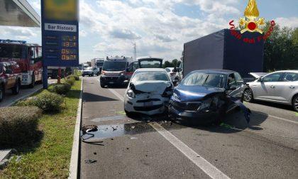 Maxi tamponamento a Bolzano Vicentino, 7 veicoli coinvolti: ferita 26enne di Cittadella