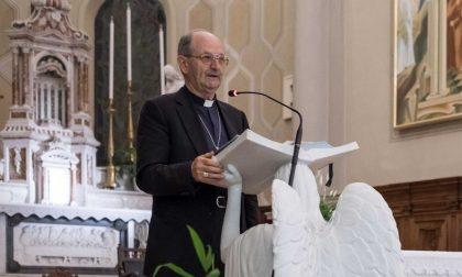 """Chiusura discoteche, bufera sul vescovo che scrive: """"Che lavoro è? Produce risse, morti e stupri"""""""