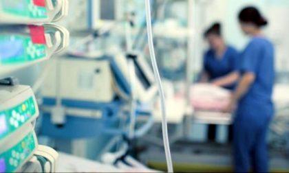 Bambina di 5 anni intubata e ricoverata in terapia intensiva: positiva al Covid-19
