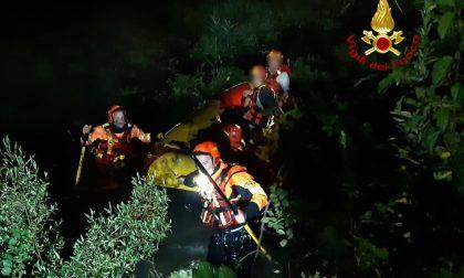 Tre giovani perdono l'orientamento e finiscono su un isolotto del Brenta, salvati dai pompieri FOTO