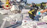A4 in tilt: in corso le operazioni di recupero dei sacchi – VIDEO e GALLERY