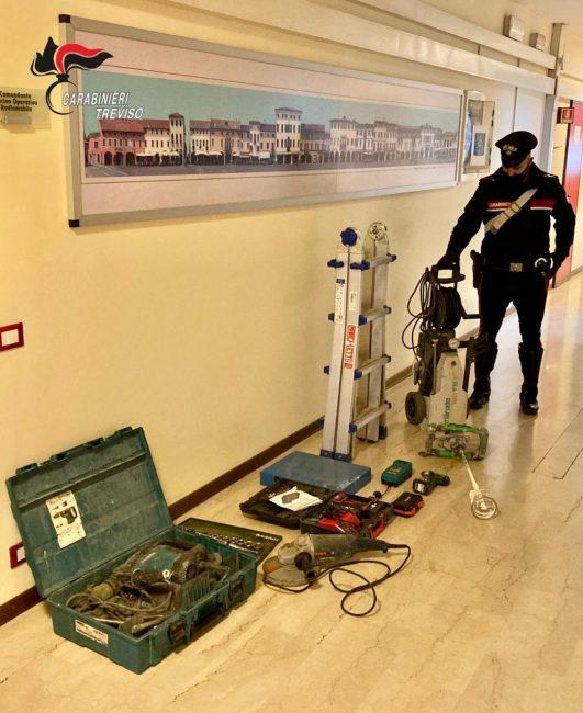 Attrezzatura edile e materiale elettrico rubati tra Padova e Vicenza: denunciata 64enne pregiudicata trevigiana