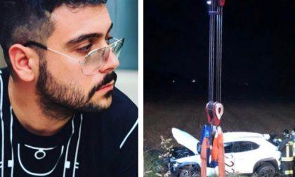 Finisce fuori strada con l'auto a Cinto Euganeo: è morto il barista Nicolò Sinigaglia