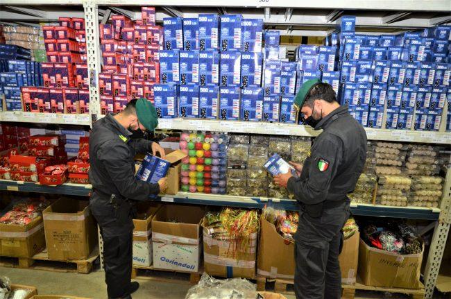 Luminarie natalizie pericolose nel padovano: sequestrati quasi 700mila pezzi