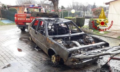 Incendio auto a Gpl all'interno di un garage: paura a Noventa Padovana