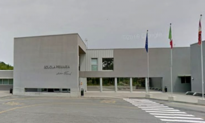 Troppi casi Covid tra studenti e insegnanti, da domani sospesa didattica in presenza al plesso Anna Frank