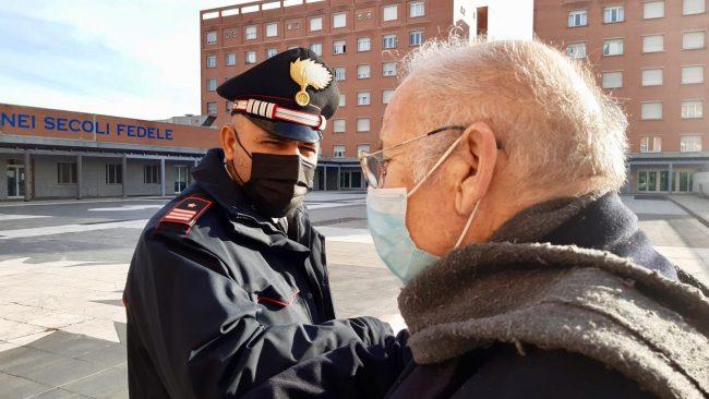 Staccano il gas a un pensionato 76enne e lo lasciano al freddo: disagio risolto grazie ai Carabinieri