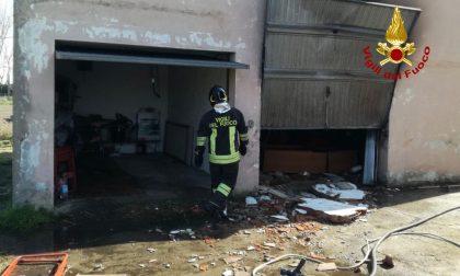 Fuga di gas, tremenda esplosione in un garage ad Este: 61enne ustionato