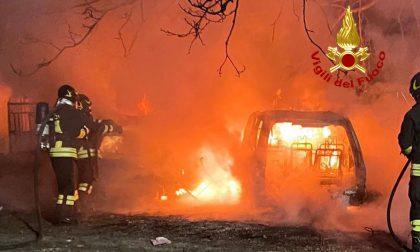 Le impressionanti foto delle auto sotto sequestro bruciate a Villanova di Camposampiero