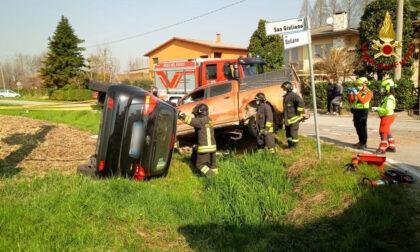 Le impressionanti foto dello schianto tra un fuoristrada e un'auto a Campodarsego: un ferito