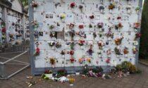 Le tombe e le cappelle profanate all'Arcella ripristinate a spese del Comune