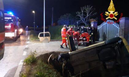 Grave incidente a Campodarsego, l'auto finisce dritta nel canale: due feriti