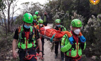 Colta da malore lungo il sentiero: 21enne di Battaglia Terme all'ospedale