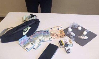 """Spacciatore tunisino beccato con 50 dosi di cocaina vicino al centro commerciale """"Il Borgo"""""""