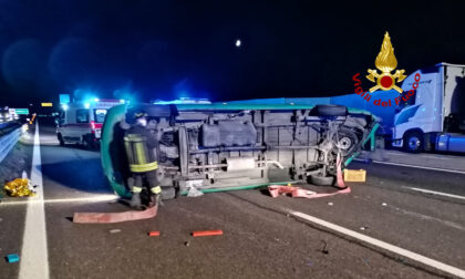 Le impressionanti foto dell'incidente in A4 tra Dolo e Padova Est: due feriti gravi