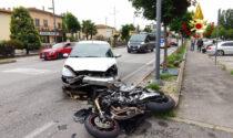 Incidente a Selvazzano: auto contro una moto, ferito gravemente il centauro