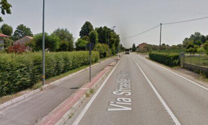 Grave incidente in moto, 18enne finisce fuori strada: è in prognosi riservata