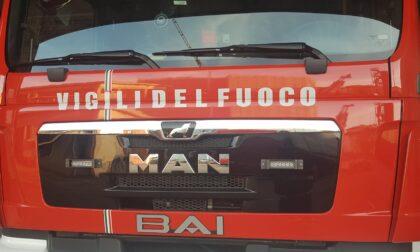 """Padova, ultraleggero in fase di atterraggio precipita fuori dall'aeroporto """"Allegri"""": morto carbonizzato il pilota"""