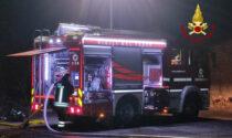 Il barbecue non è ben spento e scoppia l'incendio: nottata di paura a Loreggia