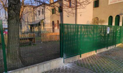 Due Carrare, scuole parrocchiali nel mirino dei ladri: rubata una cassa acustica