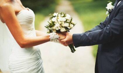 Matrimonio con l'inganno, lui le nasconde la malattia: il vescovo annulla le nozze