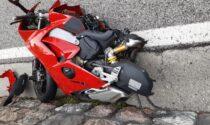 Perde il controllo della moto e si schianta contro il guard rail: 27enne di Curtarolo ferito gravemente