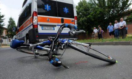 Tamponato in bici dalla Mercedes: gravissimo 84enne di Abano