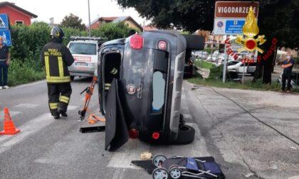 Auto rovesciata sul ponte Limena a Vigodarzere: un ferito