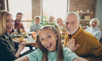Festa dei nonni: frasi di auguri e immagini gratis da inviare su WhatsApp