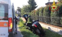 Cittadella, le foto dell'auto finita rovesciata nella canaletta: ferita una donna