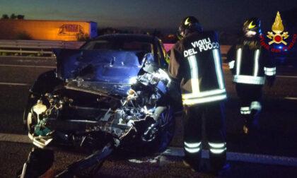Schianto in autostrada nel padovano, tre auto coinvolte e un ferito