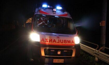 Investito mentre attraversa sulle strisce dal Doblò di Etra: 67enne in ospedale
