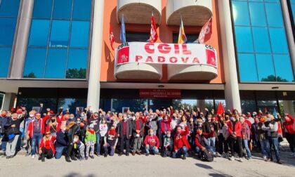 """Assalto Cgil Roma, video e foto delle sedi aperte nel Padovano: """"Nessuna paura contro intimidazioni squadriste"""""""